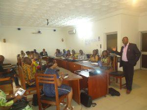 Présentation de la plate-forme Bénin aux participants par le DE/MJCD membre de l'AIDR