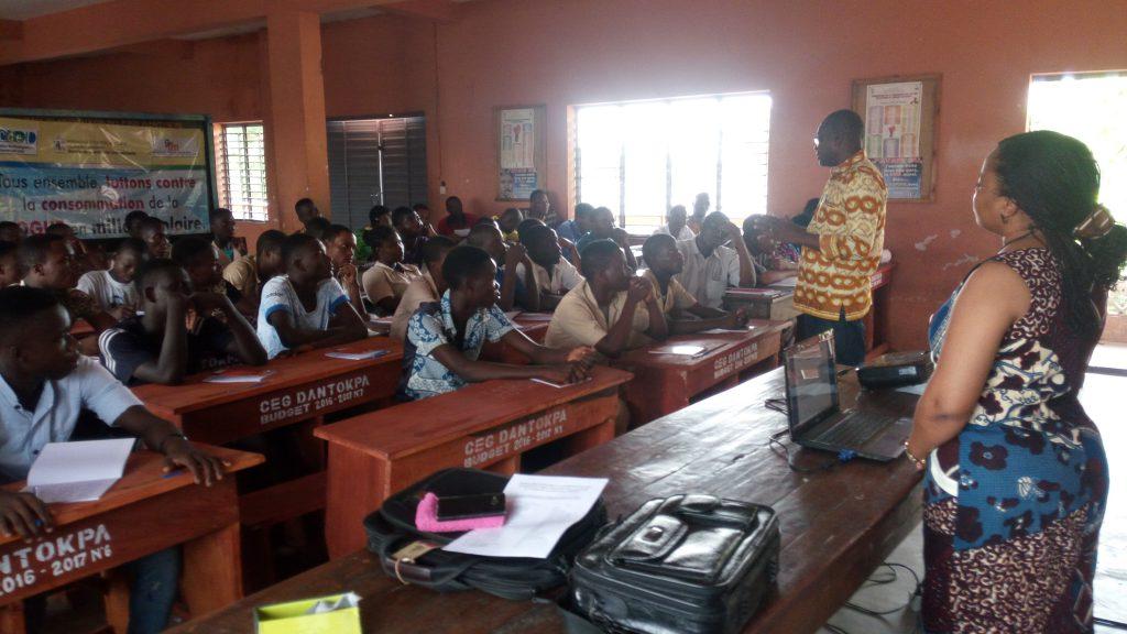Vue de l'assistance au cours de la formation au CEG Dantokpa
