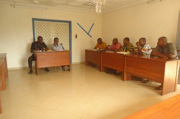 Séance de travail tenue avec les membres du bureau du collectif des artisans de la commune d'Ifangni