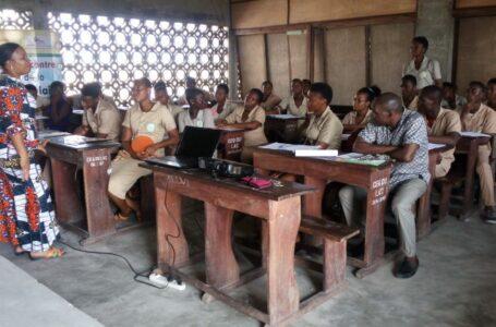 Formation des pairs éducateurs du CEG du LAC