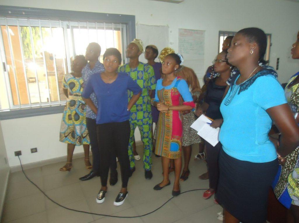 Photo des participants lors de la restitution des travaux de groupe